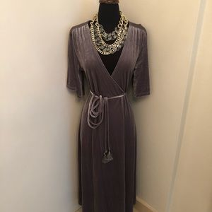 ♥️Zara velvet wraparound maxi dress size M new ♥️